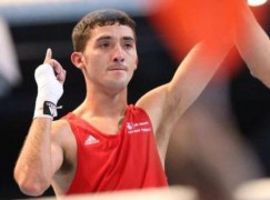 Andrew Selby ends amazing amateur career to turn professional