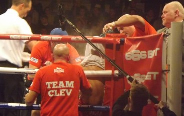 Cleverly defeated by Bellew in rematch