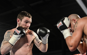 Chris Ware drops Frankie Borg twice to upset Welsh champion in non-title fight