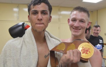 Jones reclaims Welsh Area title with Samuels stoppage