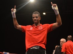 Kennedy clinches close eliminator win over Fry