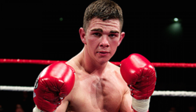 Buckland to box fellow unbeaten prospect