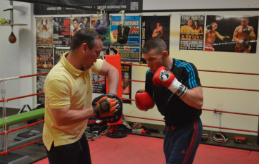Gary Lockett believes the time is right for Liam Williams to fight Liam Smith for a world title