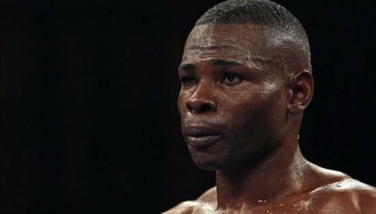 Rigondeaux regains momentum at the expense of Dickens' jaw