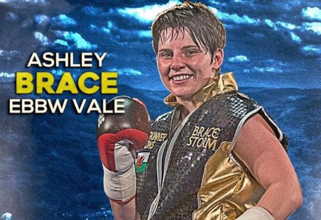 Ashley Brace storms to win against former world champion